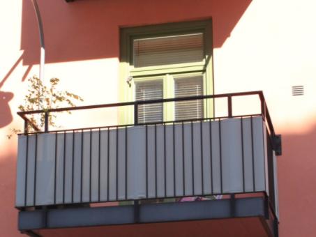 vindskydd balkong